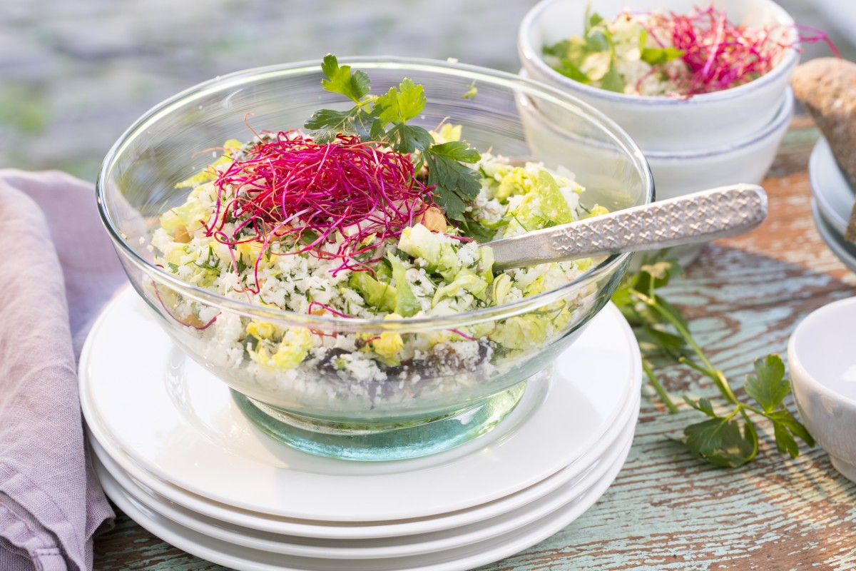 colourful and crunchy cauliflower rice salad