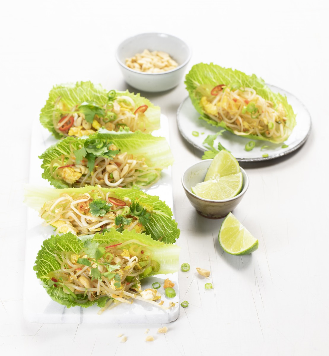 Crunchy cos filled with Pad Thai