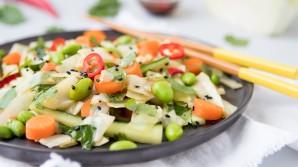 Asiatische Salate