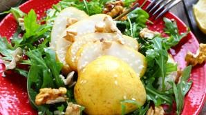 Salate mit Birnen