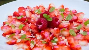 Erdbeersalate