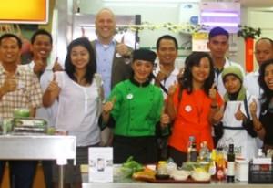 Lehrreiche Love my Salad Promotion in Indonesien