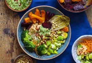 winter salad bowl, nourishing health bowl, winter salad, roast vegetables