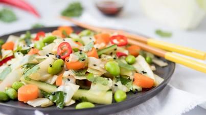 Asiatischer Krautsalat mit Sesamdressing