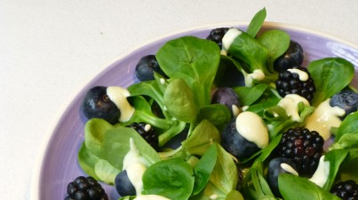 Black and blue berry salad