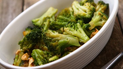 Broccoli with anchovies, garlic and red chilli