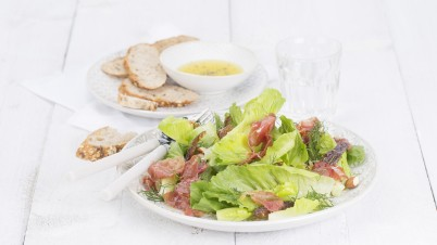 Crunchy Cos salad with dates and ham