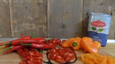 Mermelada de chile con pimiento snack y tomate
