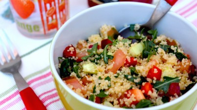 КусКус та свіжий руккола салат
