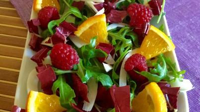 Radicchio-Salat mit Fenchel und Himbeeren