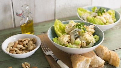 Impressive roasted cauliflower salad with gorgonzola, celery and toasted nuts