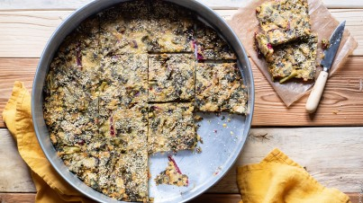 """Easy Greek """"Lazy Pie"""" with Cornmeal, Spelt and Mixed Greens"""