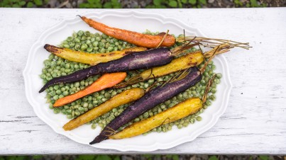 Guisantes al vapor con zanahorias
