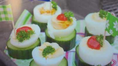 Gurkenhäppchen mit Ei