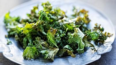 Crispy kale chips, oven baked