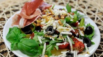 Salada Italiana de macarrão