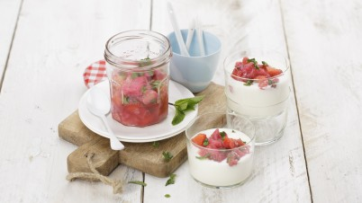 Yoghurt with rhubarb & strawberries