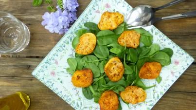 Salade van baby spinazie en zoete aardappel