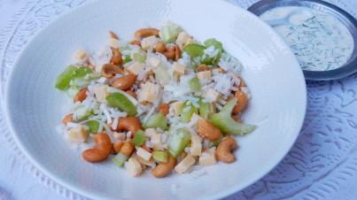 Salade de riz au céleri et aux noix de cajou