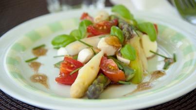 Italian asparagus salad