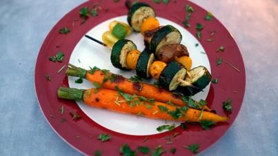 Hähnchen-Gemüse-Spieße