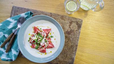 Ajo Blanco (koude amandelsoep) met Spaanse tomatensalade