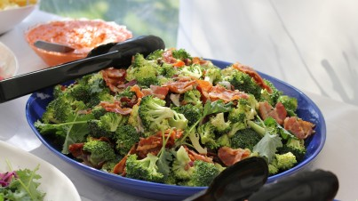 Raw broccoli salad with bacon and cashews