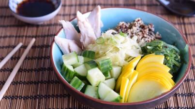 Quinoa bowl met makreel