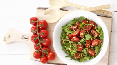 5 minute fresh tomato salad