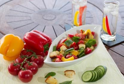 panzanella salad, colourful salad, capsicum, tomato, cucumber