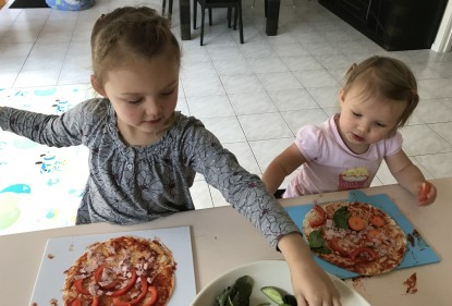 Some helpful tips for cooking with kids