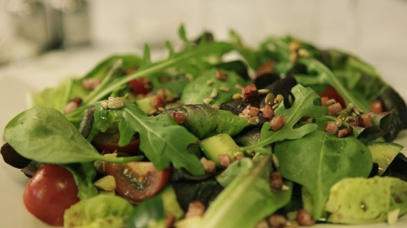Butter lettuce & Spinach Salad with Pine Nuts, Sunflower Seeds
