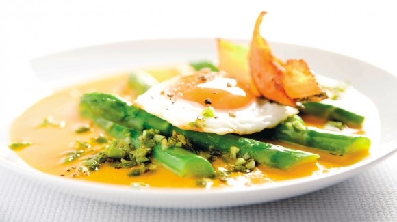 Eggs Sunny Side Up with Asparagus, Pumpkin Sauce and Parmigiano Reggiano)
