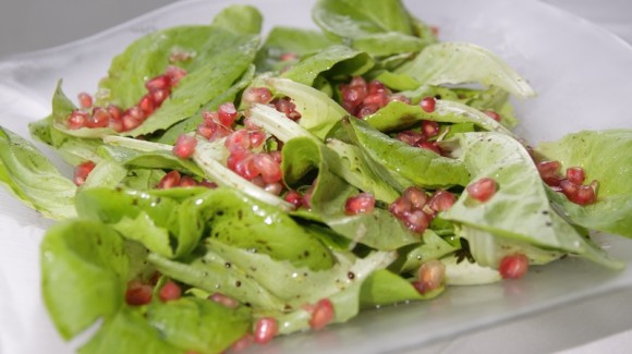 Butter lettuce and pomegranate salad