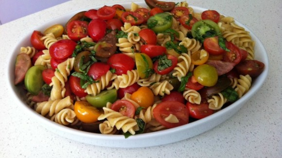 Mixed tomato and fusilli salad