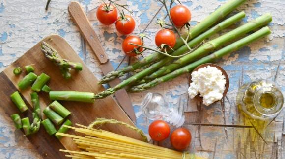 Asparagi: tutto quello che c'è da sapere sugli ortaggi della primavera