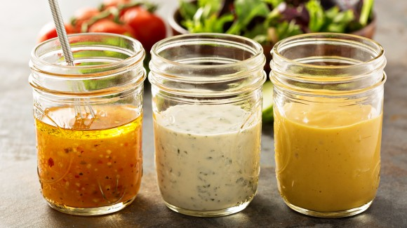 6 reasons to make your own salad dressing
