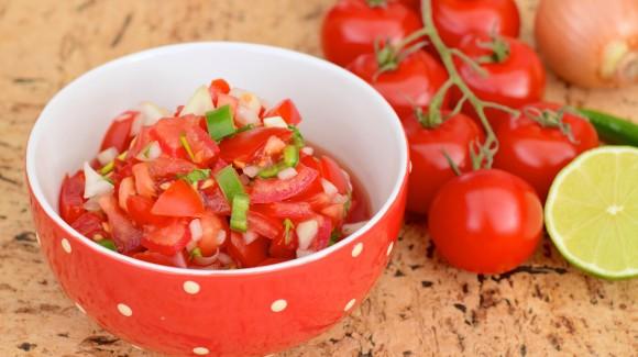 Brazilian tomato salsa
