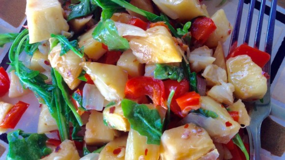 Breadfruit, capsicum and beetroot salad