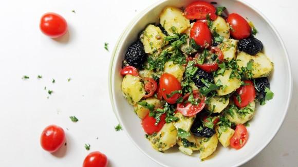 Insalata di patate novelle in salsa verde