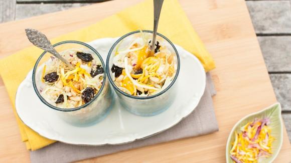 Couscoussalade met spitskool, speculaaskruiden en sinaasappeldressing