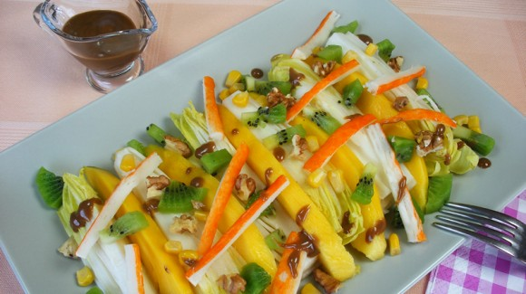 Tropical witlof salad with mango and crab