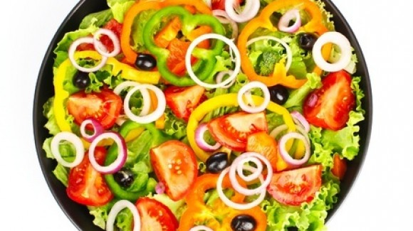 Insalata e estate: un connubio perfetto