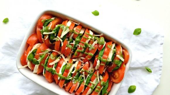Salat Caprese mit Pesto