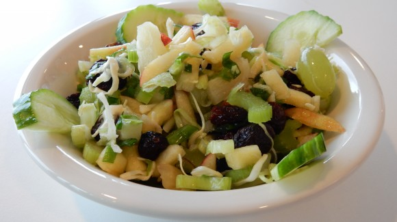 Salade de chou blanc aux raisins de Corinthe