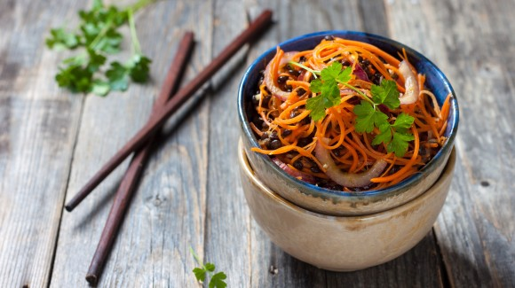 Korean spicy carrot salad
