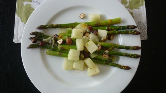 Asparagus with gold honeydew melon