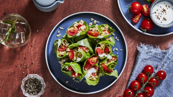 Vegetarian lettuce wraps with quinoa and tomatoes