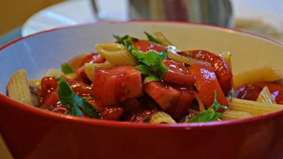 Mixed tomato bruschetta pasta salad