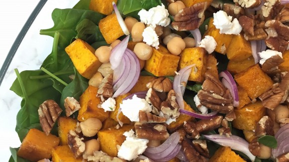 Roast pumpkin, baby spinach, walnut and feta salad